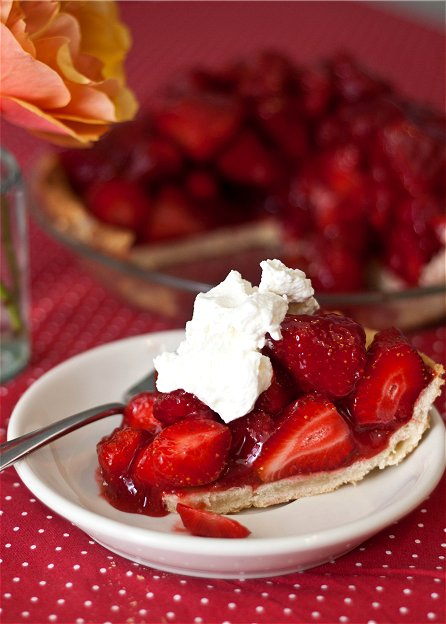 Fresh Strawberry Pie | Tide and Thyme
