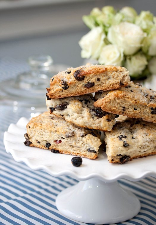 Blueberry Chocolate Scones