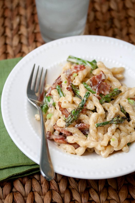 Bacon and Aspargaus Pasta