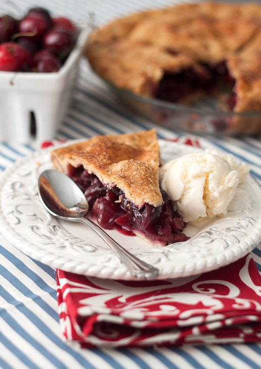 Sweet Cherry Pie | Tide and Thyme