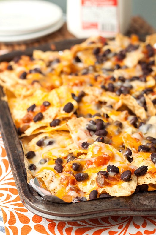 Easy Black Bean & Cheese Nacos