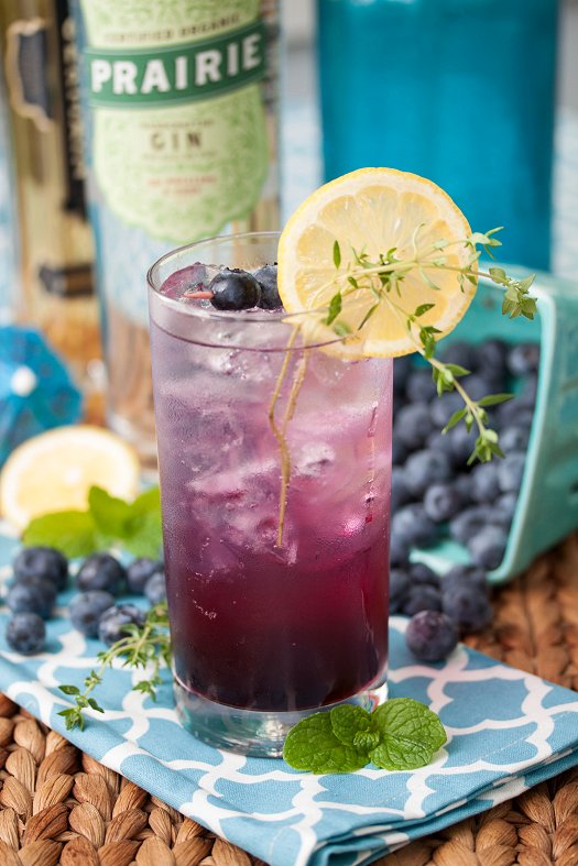 Blueberry Thyme Gin Smash | Tide and Thyme