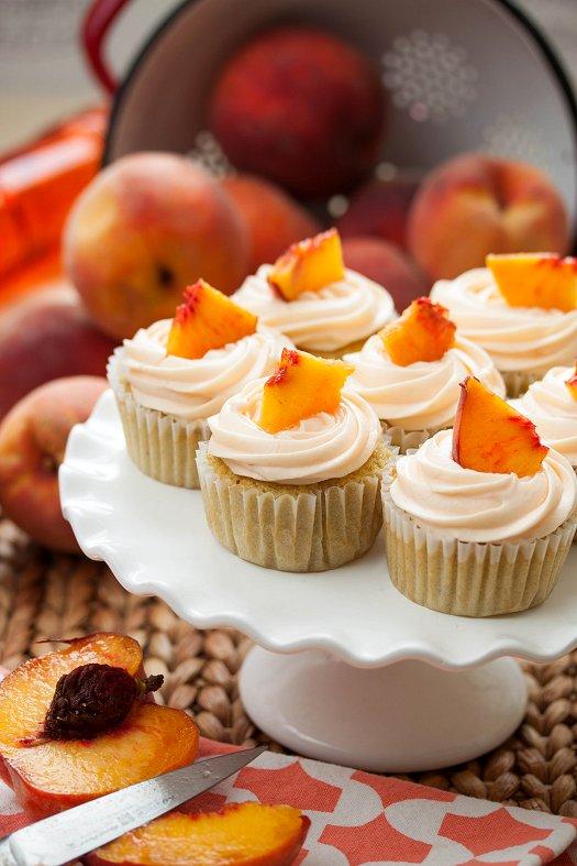 Fresh Peach Cupcakes